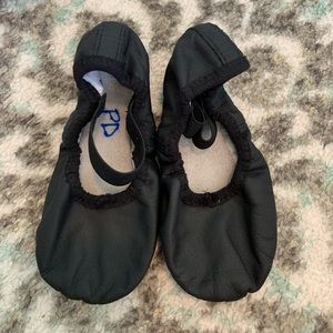 Bloch ballet shoes black size 9.5W. Worn 1 time